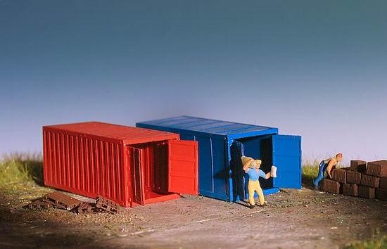 zwei 20 fu container 1 160. Black Bedroom Furniture Sets. Home Design Ideas